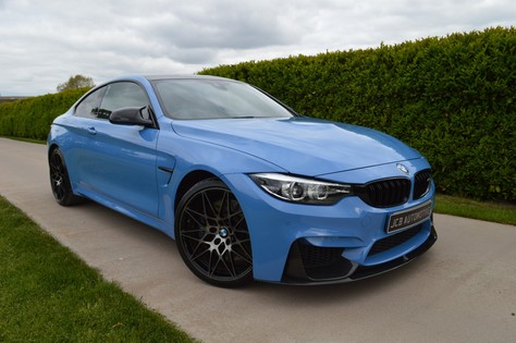 BMW M4 M TwinPower Turbo DCT Auto Start-Stop Competition Pack